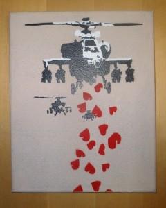 Bild: Hubschrauber wirft Herzen ab